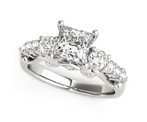 14k White Gold 3 Stone Princess Cut Antique Design Diamond Engagement Ring (1 3/4 cttw)