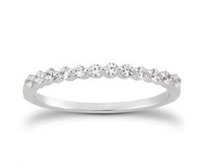 Single Shared Prong Diamond Wedding Ring Band in 14K White Gold