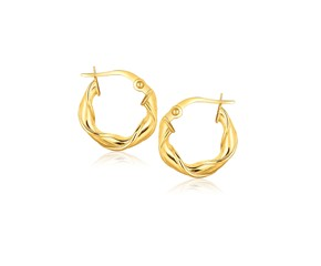 Twist Yellow Gold Hoop Earrings in 14k Gold (5/8 inch)