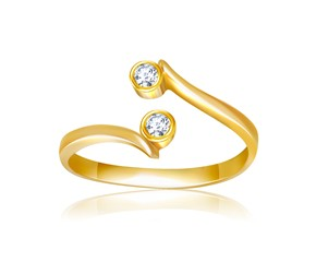 Cubic Zirconia Embellished Curved Toe Ring in 14K Yellow Gold